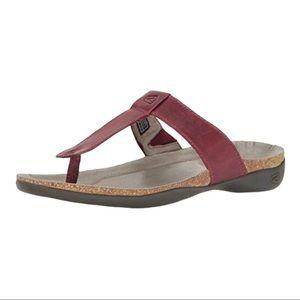 KEEN Dauntless Leather Flipflop Sandals 6.5